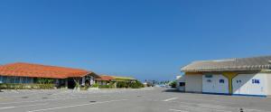 県内外で人気のシママースと海水塩青い海